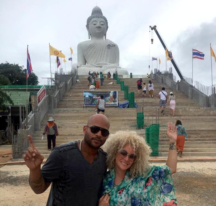 """Angelique """"Burbu"""" y su esposo Larry Ayuso en sus vacaciones en Tailandia"""